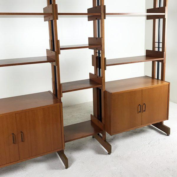 Bibliothèque vintage en teck et métal, design italien 1960.