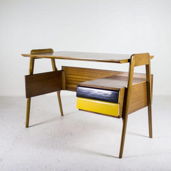 Bureau vintage 1950, en chêne et acajou de Vittorio Dassi.