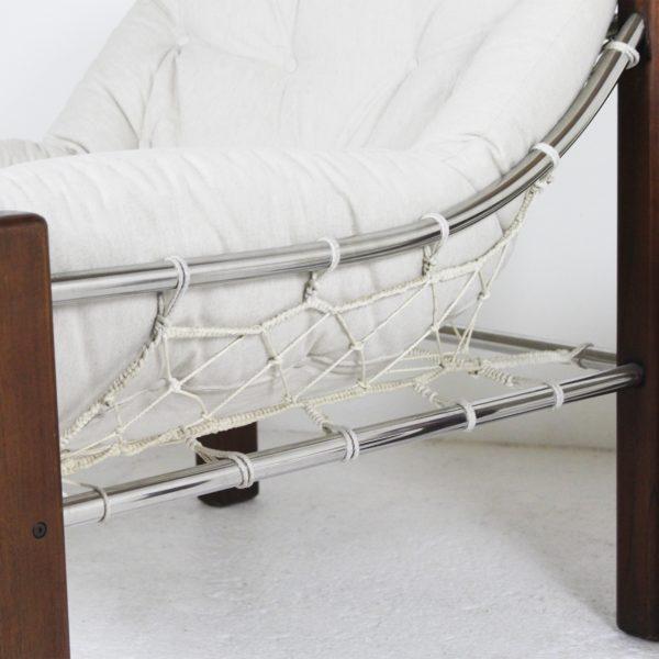 Fauteuil et ottoman vintage en bois et tissu écru, de Jean Gillon pour Italma Wood Art dans les années 60.