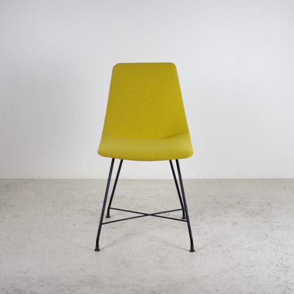 Chaises vintage des années 50 d'Augusto Bozzi pour Saporiti. En métal noir, laiton et tissu jaune.