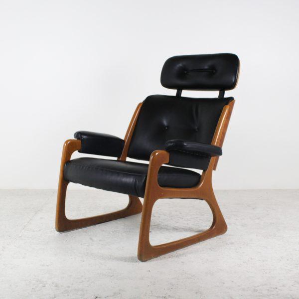 Paires de fauteuils danois vintage 1960, en bois et cuir noir.