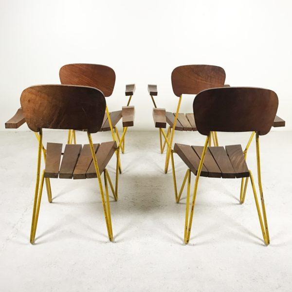 Fauteuils vintage années 50, en métal jaune et bois massif, design argentin de Cesar Janello.