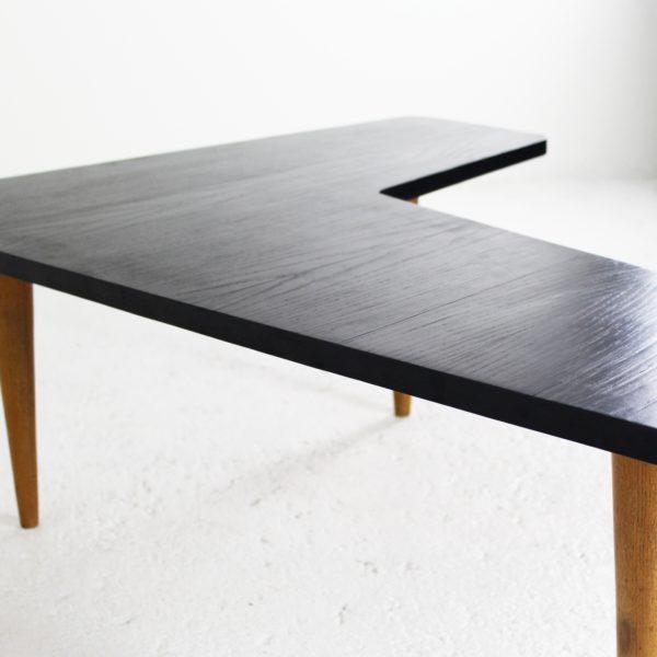 Table basse vintage, de forme libre 1950, de Maurice Pré, en frêne.