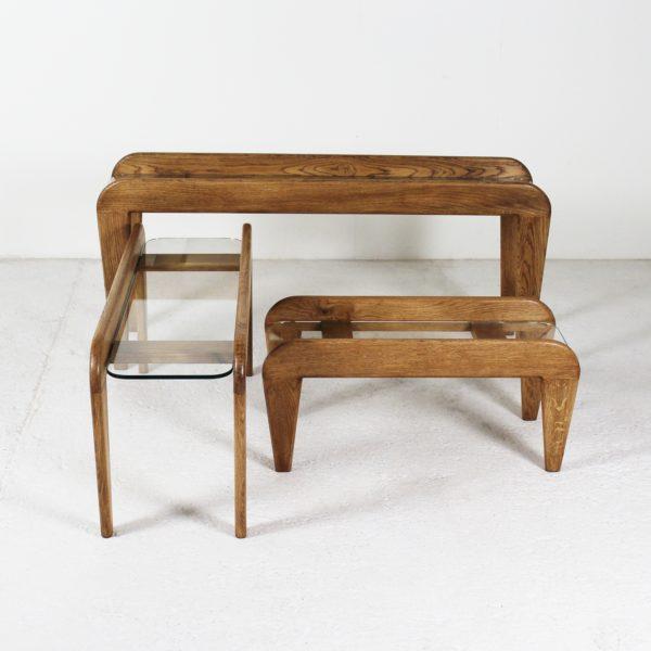 Tables gigognes vintage en chêne 1950, de Gustave Gautier.
