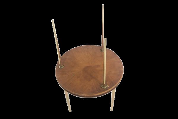 """Trois tables vintage en chêne et laiton 1950, modèle""""Partroy"""", de Pierre Cruège, édition Formes."""