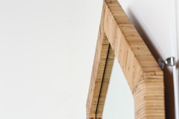 Miroir vintage en bambou, fabrication italienne des années 60.
