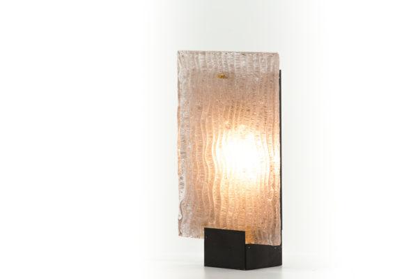 lampe vintage des années 50, en métal laqué noir et verre dépoli.
