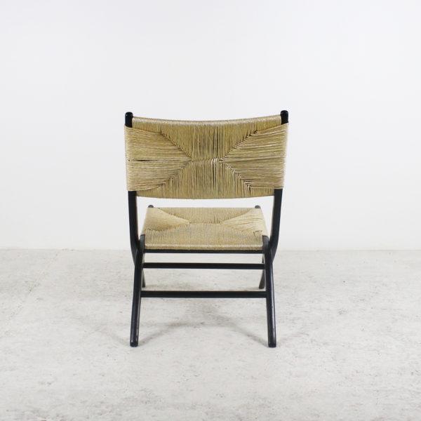 Fauteuils pliants, vintage des années 50, assises paillées et structure en bois laqué noir.