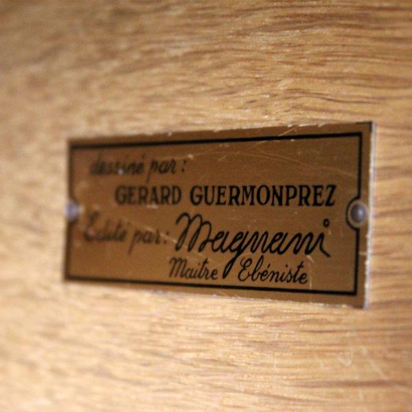 enfilade années 50, de Gérard Guermonprez pour Magnani, structure en frêne et piétement en métal laqué noir.