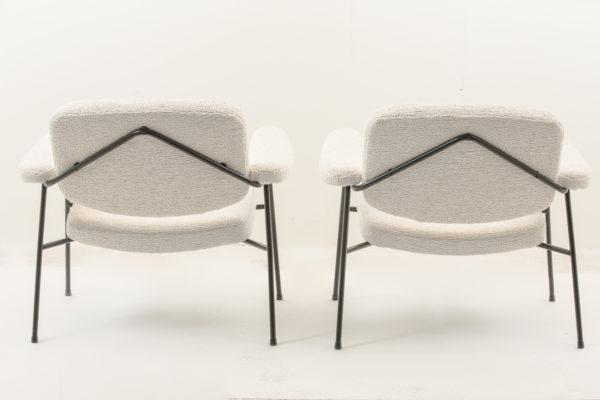 Paire de fauteuils vintage, modèle CM190F de Pierre Paulin édition Thonet, années 50, métal tubulaire laqué noir, assises en mousse recouvertes d'un tissu de la Maison Pierre Frey.