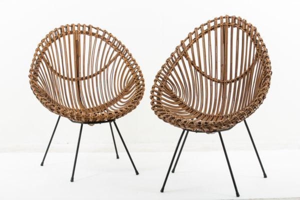 Paire de fauteuil vintage en rotin et métal laqué noir, travail italien des années 60