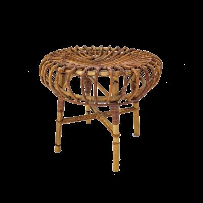 Tabouret en rotin de Franco Albini, édité par Vittorio Bonacina dans les années 1960, assise ronde reposant sur quatre pieds, en bon état vintage.