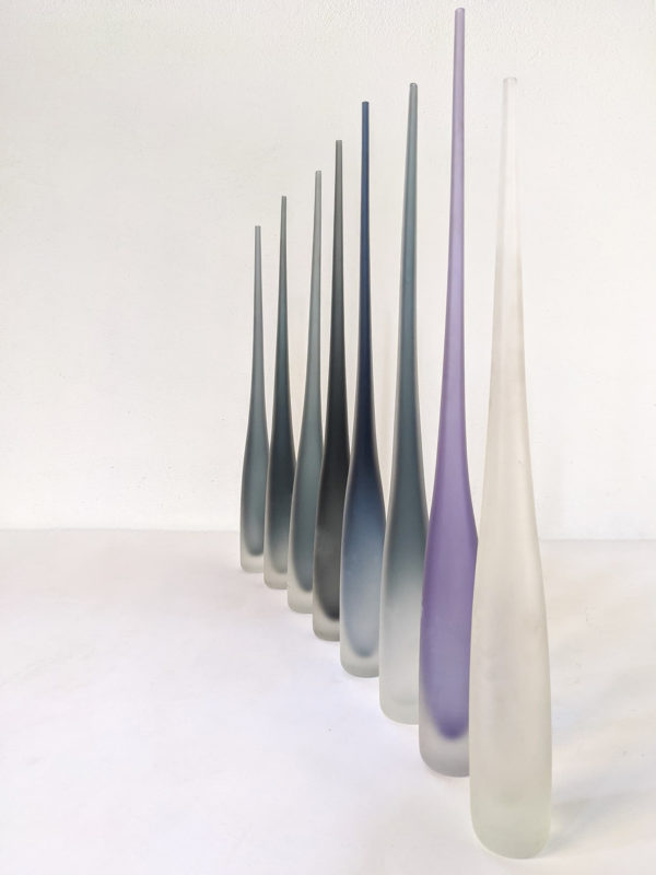 Vases flûte en verre de Murano,par la verrerie Vivarini, créée en 1967. Collection Glass Bottles, toujours en production.